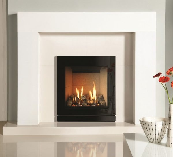 Gazco Riva2 530 with vermiculite interior and Designio2 front in black glass