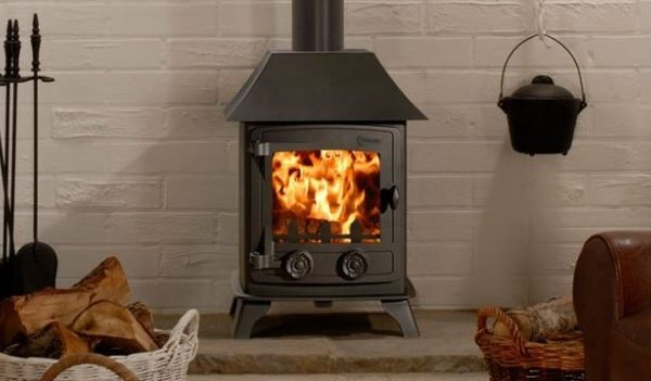 Yeoman exmoor stove by West Country Fires, stoves Hampshire, UK