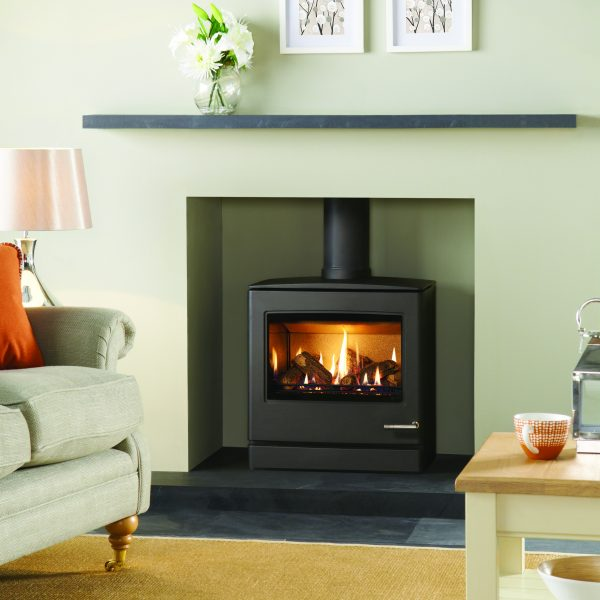 The Yeoman CL8 Gas Stove has the same gently curving lines, control options and sophisticated stainless steel features as its smaller counterparts.