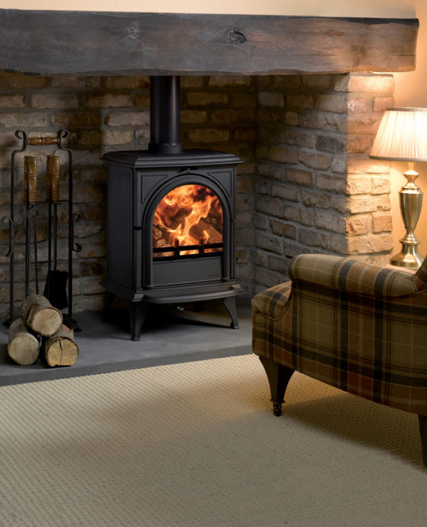 Stovax Huntingdon 28 stove with clear door